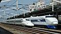Shinkansen N700 & 100 (8086242267).jpg