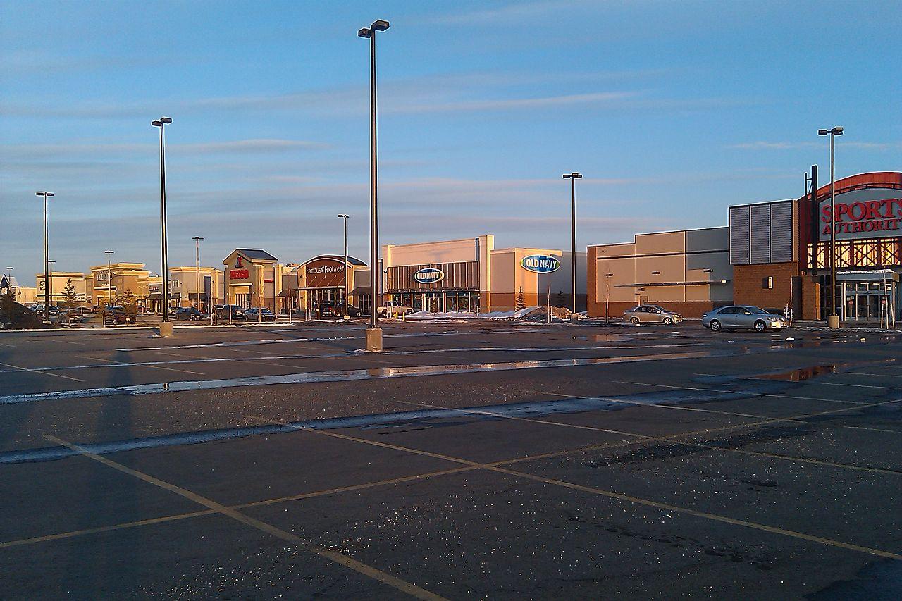 File Shopping District Fairbanks Alaska Jpg Wikimedia