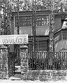 Siófok 1975, Tamási Áron utca 2., a Hazai Fésűsfonó és Szövőgyár üdülője. - Fortepan 17281.jpg