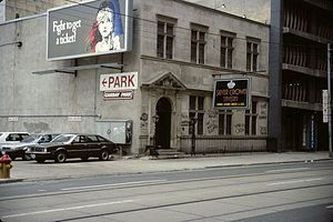 Toronto goth scene - The Silver Crown Tavern at 25 Richmond Street West in 1989.