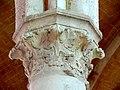 Soissons (02), abbaye Saint-Jean-des-Vignes, réfectoire, chapiteau du 6e pilier libre (du sud au nord).jpg