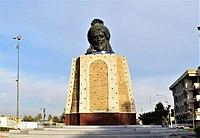 Statue of Abu Jaafar al-Mansur.jpg
