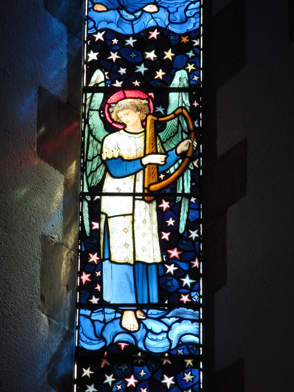 Staveley angel playing harp