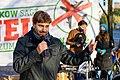 Stefan Gelbhaar (MdB, Die Grünen) spricht bei der Kundgebung der Anwohner*innen zur Schließung von TXL (50580658531).jpg