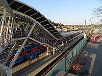 Strančice, nádraží, z lávky.jpg