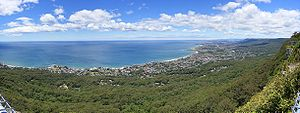Illawarra - Lookout from the Illawarra escarpment above Wombarra over the northern Illawarra plain viewing Austinmer, Thirroul, Bulli, Wollongong up to Port Kembla in the far.