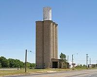 Sudan Texas grain elevator 2010.jpg