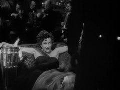 Plik:Sunset Boulevard (1950) - Trailer.webm