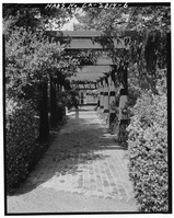 TRELLIS WALK, LOOKING NORTHEAST TOWARD CLUB - Saratoga Foothill Club, 20399 Park Place, Saratoga, Santa Clara County, CA HABS CAL,43-SARA,2-6.tif