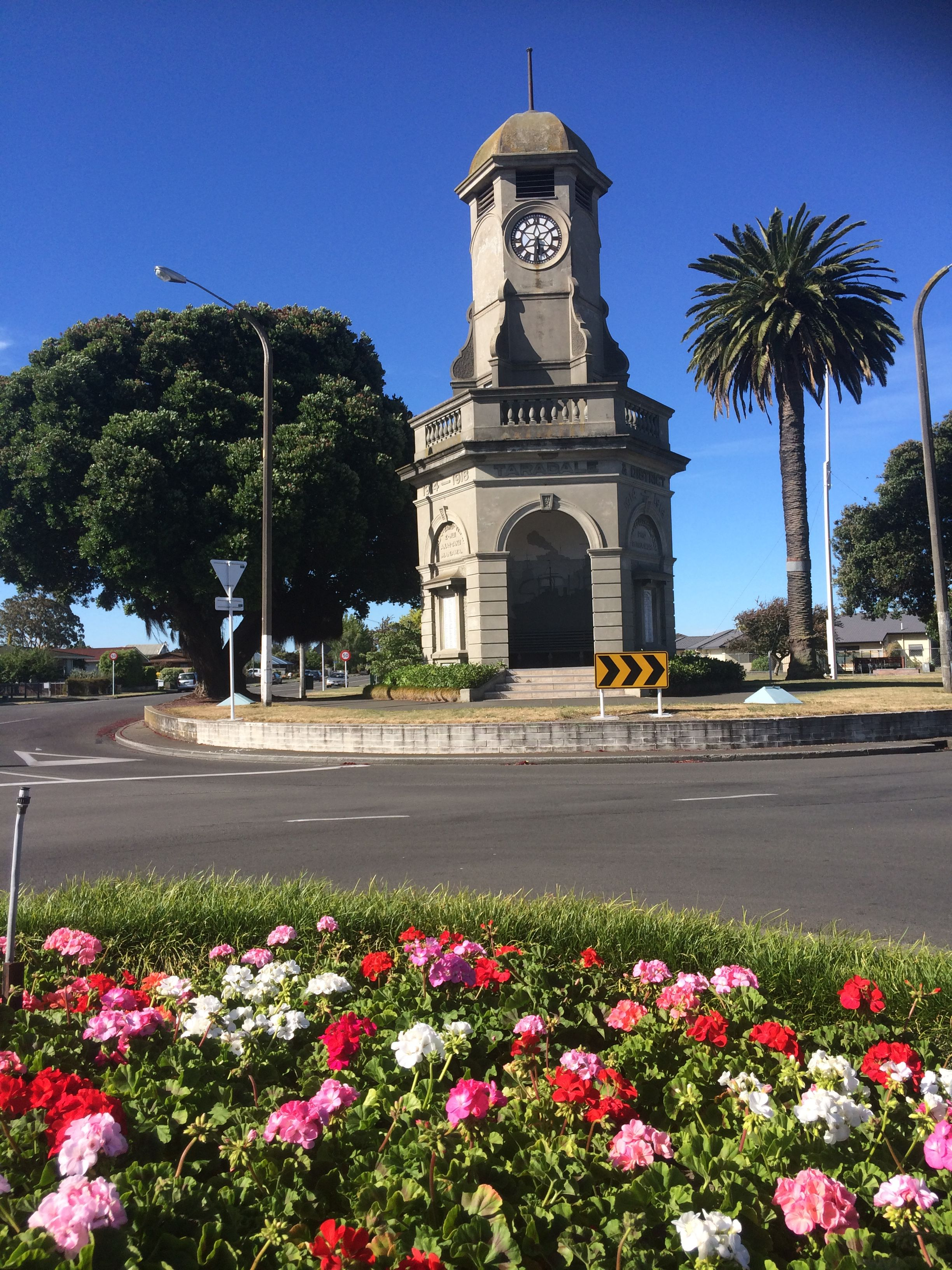 File:Taradale Clocktower, Napier, New Zealand.jpg - Wikipedia