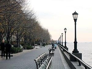 Cooper Robertson - Battery Park City Esplanade