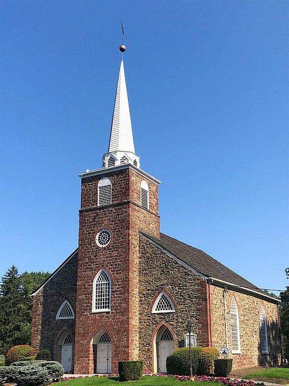 Upper Saddle River Nj >> File:The Old Stone Church, Upper Saddle River, NJ - south ...