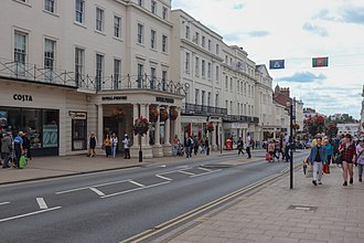 Leamington Spa - Image: The Parade, Leamington Spa (2)