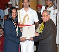 The President, Shri Pranab Mukherjee presenting the Rajiv Gandhi Khel Ratna Award to Ms. P.V Sindhu for Badminton, in a glittering ceremony, at Rashtrapati Bhavan, in New Delhi on August 29, 2016.jpg
