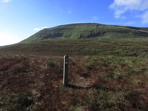 The Ulster Way to Cuilcagh - geograph-3762609