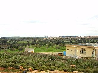Jebel Akhdar, Libya - Image: The outskirts of the city of Bayda Libya