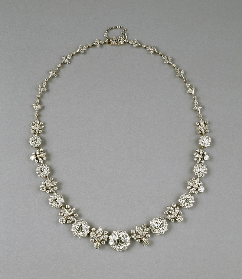 Tiffany and Company - Necklace - Walters 572121.jpg