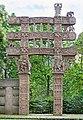 Torana est du grand stupa de Sanchi (musée d'art asiatique de Dahlem, Berlin) (12661737833).jpg