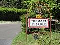 Trémont-sur-Saulx (Meuse) city limit sign.jpg