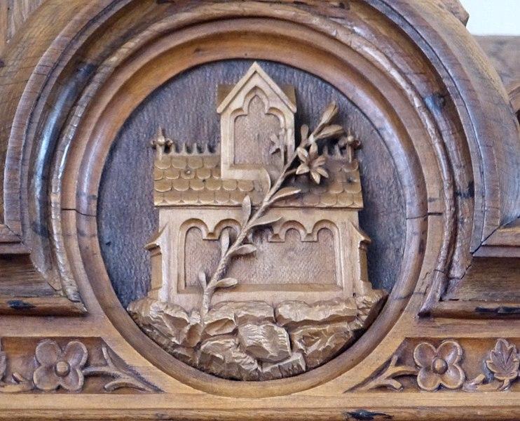 File:Traberg Pfarrkirche - Marienaltar 5bHedwig.jpg