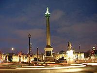 Trafalgar Square at night 2.jpg