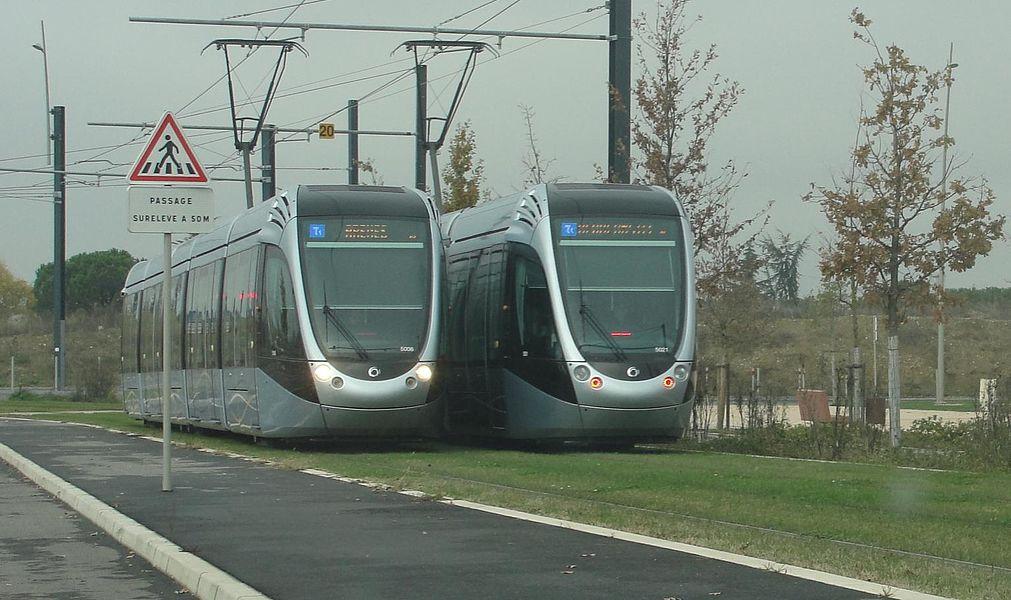 """Tram T1 tisséo à la station """"beauzelle"""""""