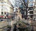 Tritonenbrunnen, Muschelschale und Putten (1).jpg
