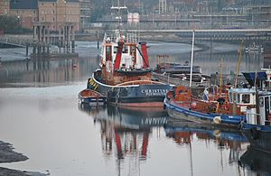 "Tugboat ""Christine"" at Chatham Kent UK.jpg"