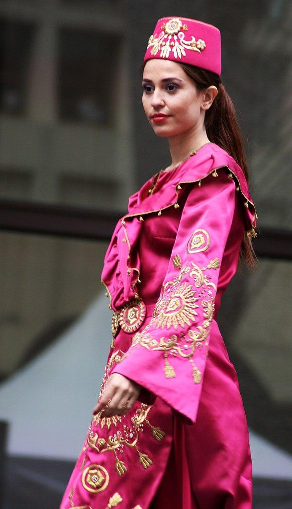 file turkish woman in ottoman costume 4 jpg
