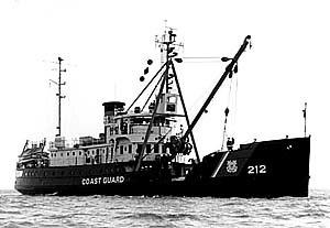 USCGC Fir (WLM-212) - Image: USCGC Fir B&W