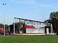 Ulanów - scena na stadionie - DSC00030 v2.jpg