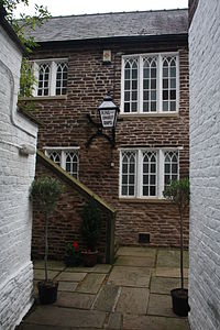 Unitarian chapel, Macclesfield is reached by a narrow passage from King Edward Street...JPG