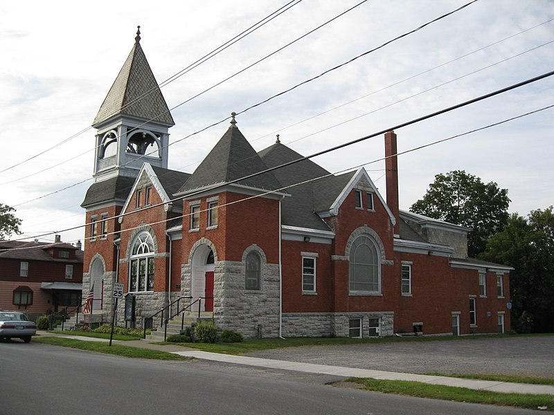 File:United Church of Canastota Sept 09.jpg