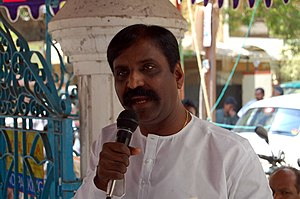 National Film Award for Best Lyrics - Image: Vairamuthu alaigal book shop