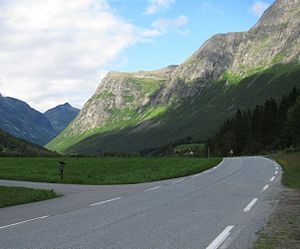 Norwegian County Road 63 - Through Valldal valley near Langdal