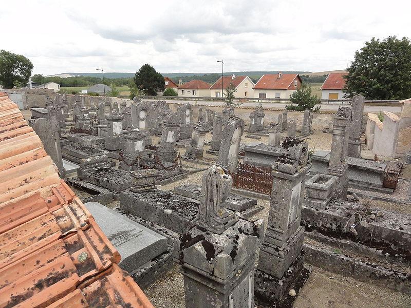Vaucouleurs (Meuse) cimetière juif, vue d'ensemble