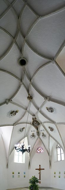 Vault in Saint Wenceslas chapel in Znojmo.jpg