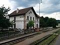 Veľké Uherce železničná stanica.jpg
