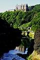 Vianden, río y castillo.jpg