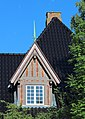 Viborg Pilgrimscentrum Villavej 10 Western Window roof detail cropped 2014-06-07.jpg