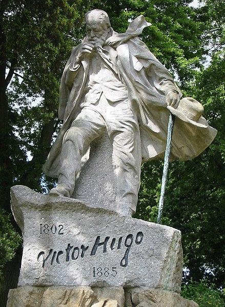 File:Victor Hugo statue Guernsey.jpg