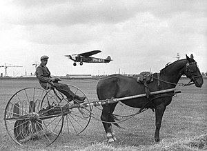 Spaarnestad Photo - Early airplane in the Netherlands; foto Spaarnestad Archief