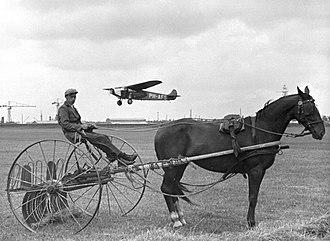 Spaarnestad Photo - Early airplane in the Netherlands; foto Spaarnestad Archief