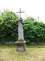 Vrchotovy Janovice, křížek u čp. 126 (01).jpg