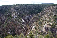Walnut Canyon National Monument 2015 005.jpg