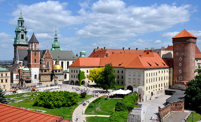 File:Wawel castle.jpg