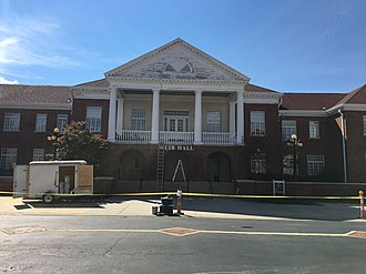 University of Mississippi School of Engineering - Image: Weir Hall at The University of Mississippi 2017