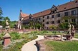 Wertheim - Kloster Bronnbach - Barockgarten und Westfassade (2).jpg