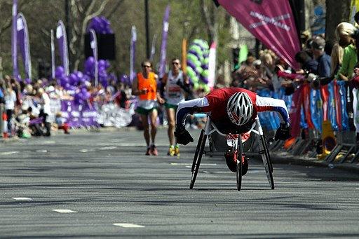 Wheelchair racer during 2013 London Marathon (5)