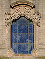 Window of the cathedral of Oria.jpg